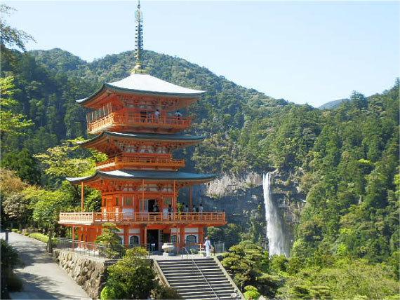 青岸渡寺と那智の滝