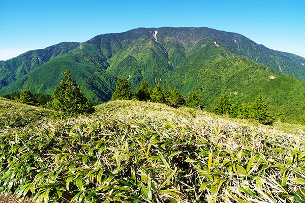 神坂峠から恵那山