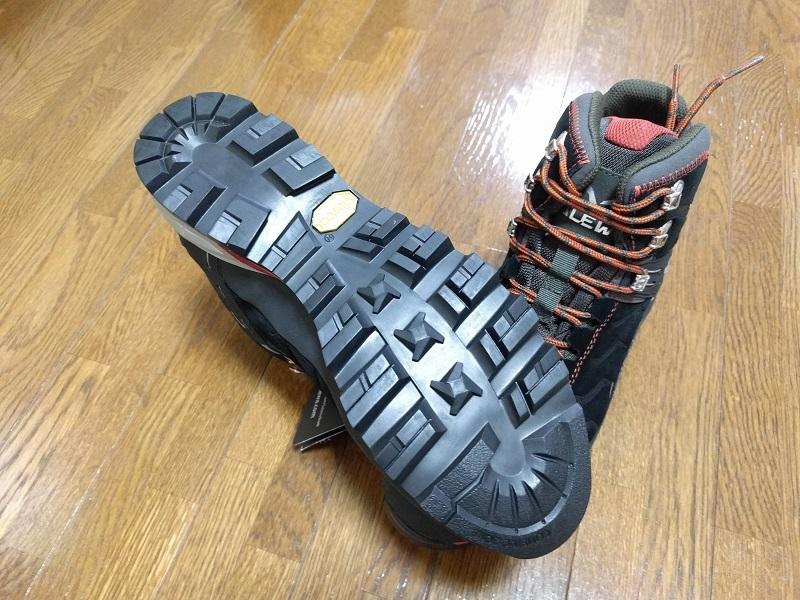 登山靴SALEWAサレワRAPACE GTX 4052 ソールはVibram