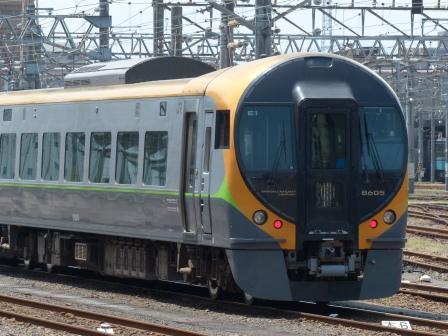 JR松山駅 8600系特急形電車