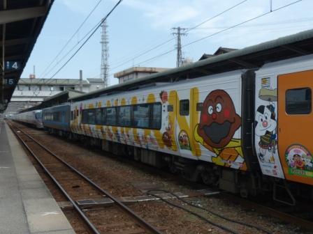 アンパンマン列車 4