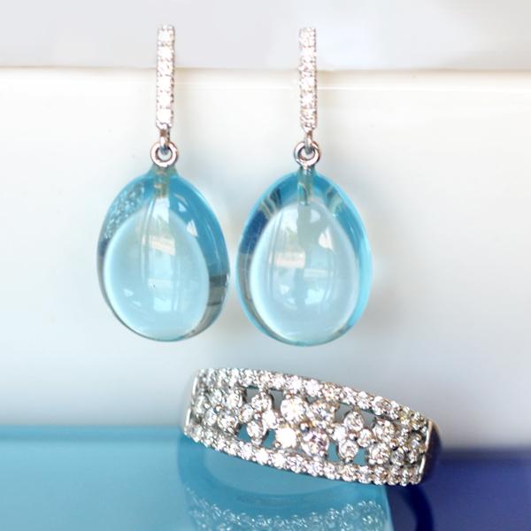 ブルートパーズダイアモンドピアスダイアモンドリング指輪