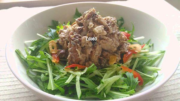 サバ水煮缶のサラダ