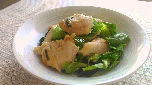 ニラと鶏胸肉のピリ辛炒め
