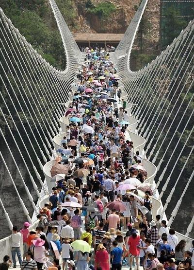 ガラス橋2