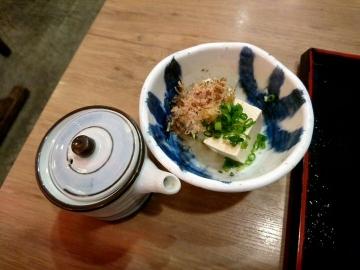 クリエイト・レストランツ・ホールディングス 鳥良商店 カツ煮定食+冷奴02 201704