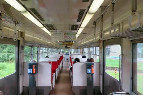 170624富山地方鉄道車内