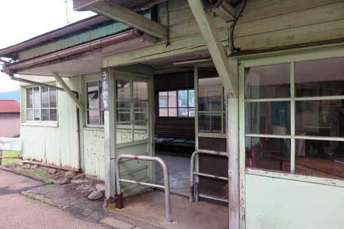 170624駅舎