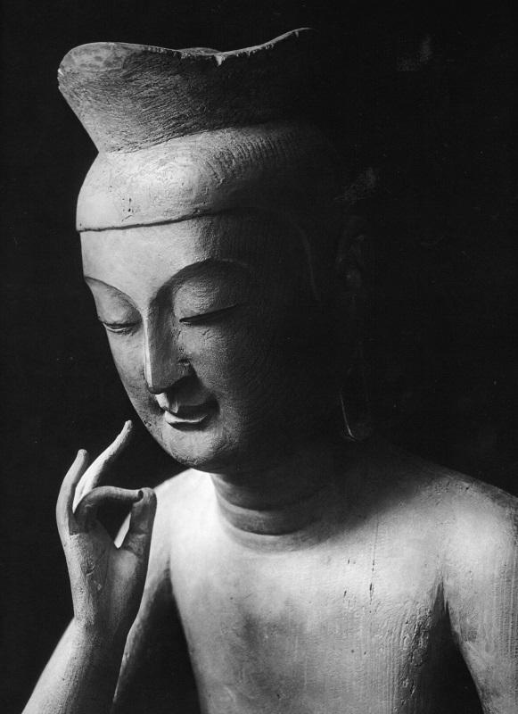 飛鳥園・小川晴暘が撮影した広隆寺・弥勒菩薩像写真