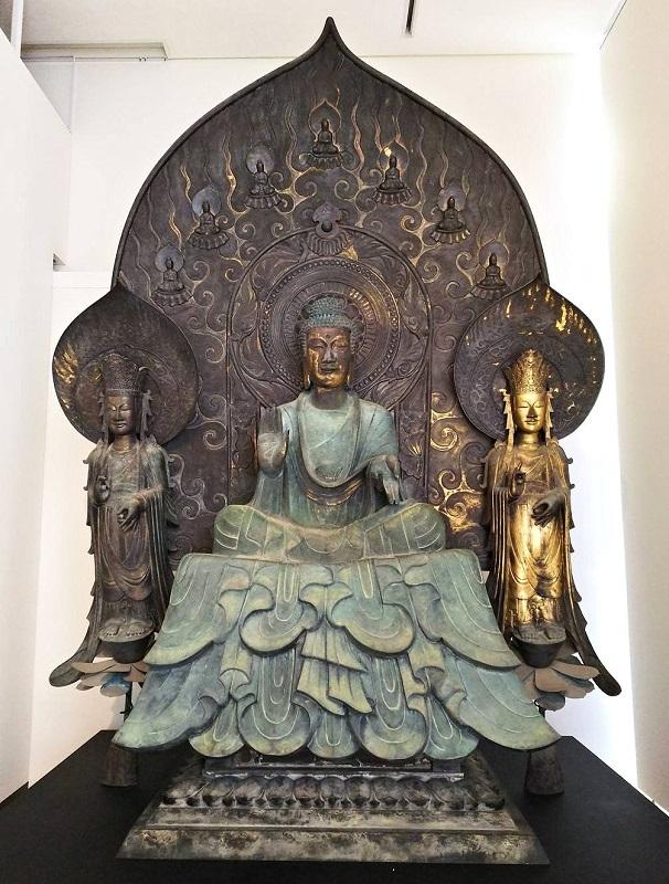 法隆寺・釈迦三尊像のクローン文化財(模造)