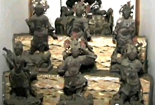 常念寺・菩薩像と共に祀られる十二神将像(江戸時代の制作)