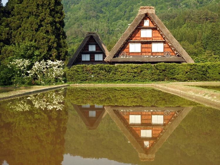四季を通して、まさに絵画のような景色を楽しませてくれる白川郷 ⑥