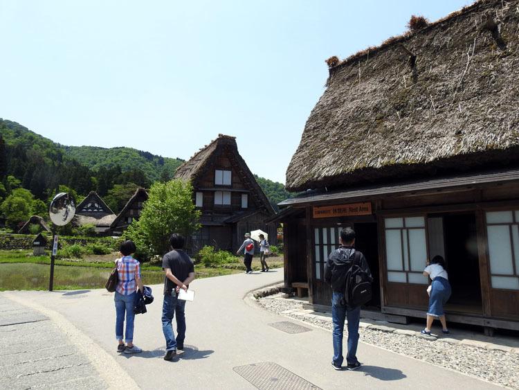初夏のご旅行は世界遺産 白川郷で 5