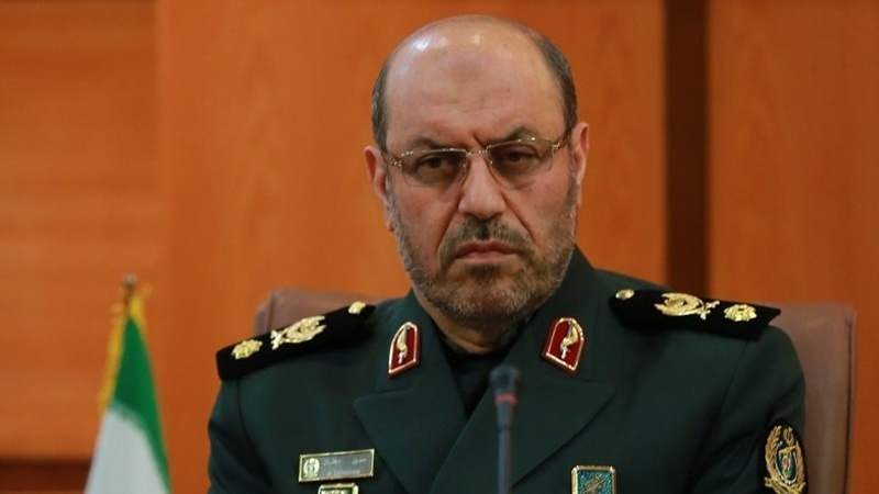 イラン国防大臣