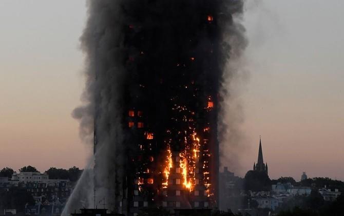 gedung-43-tahun-itu-dilalap-api-ibu-pun-melempar-anaknya-dari-jendela_c_1_137749.jpeg