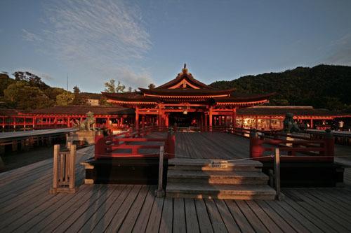 厳島神社 全景