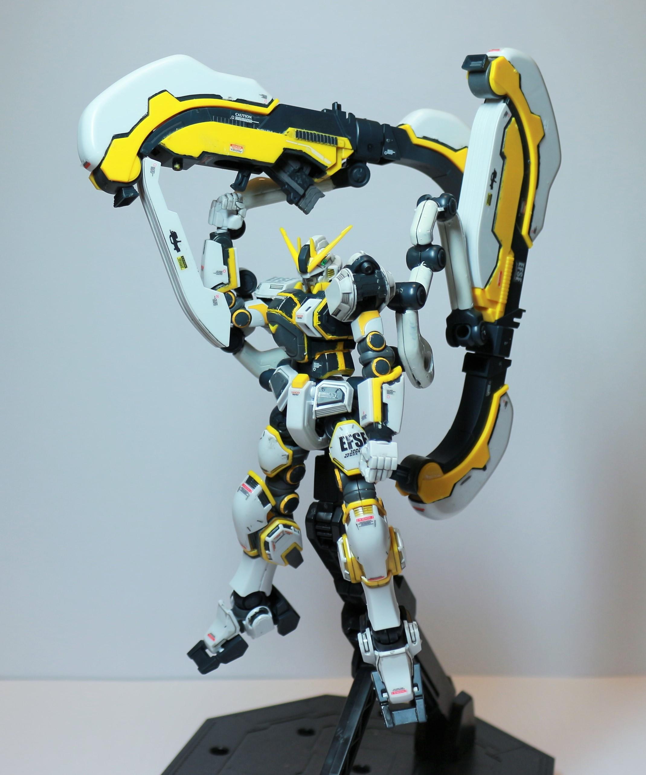 HG-ATLAS_GUNDAM-1.jpg