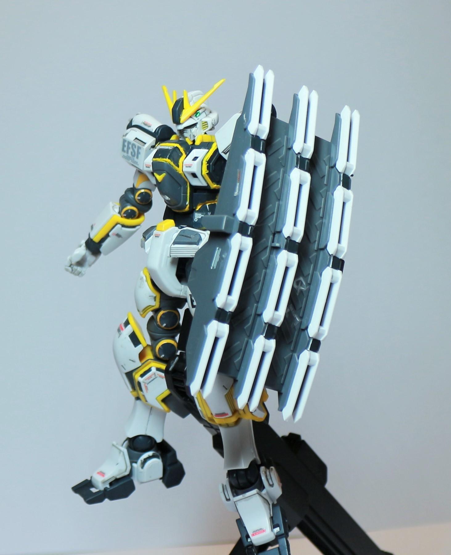 HG-ATLAS_GUNDAM-11.jpg