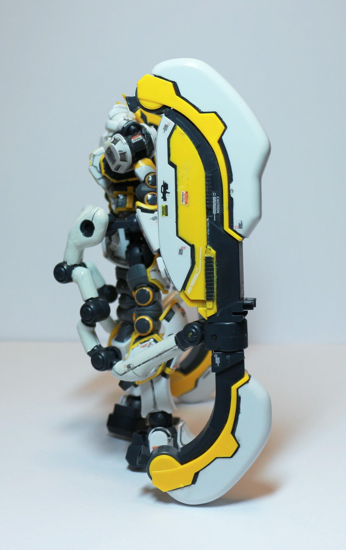 HG-ATLAS_GUNDAM-15.jpg