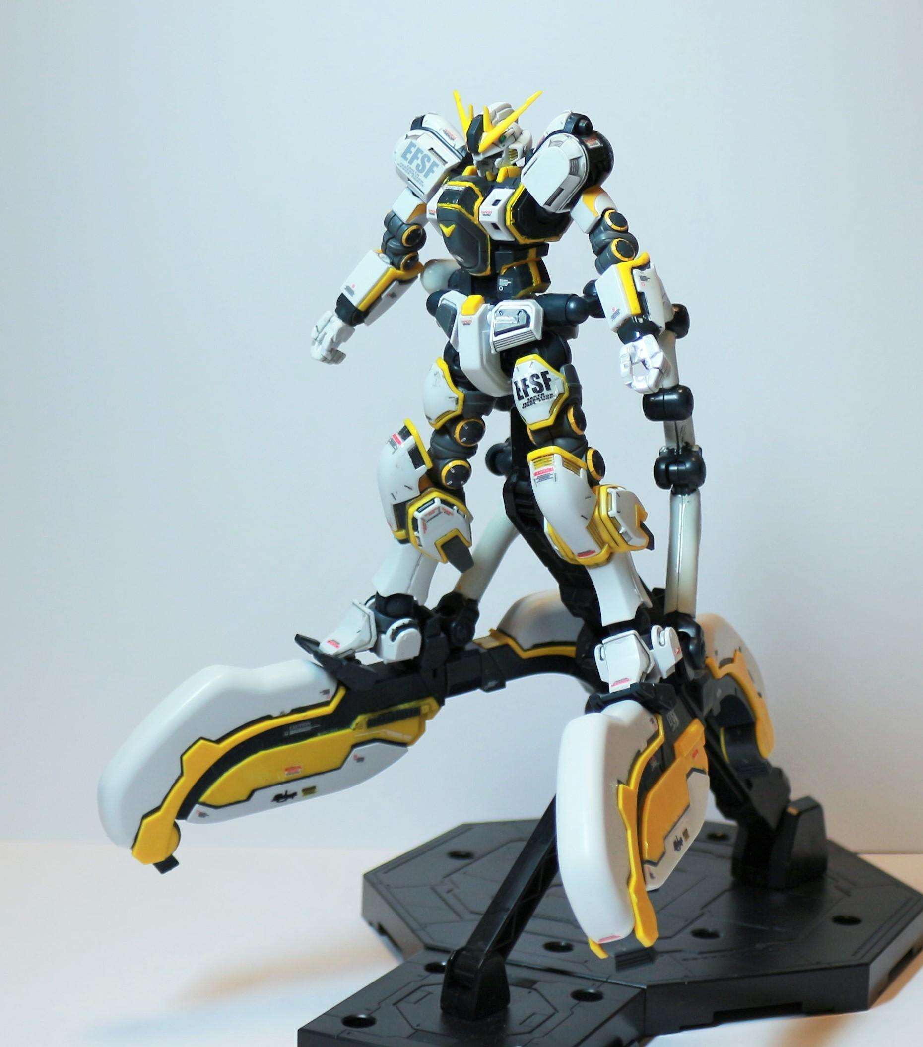 HG-ATLAS_GUNDAM-19.jpg