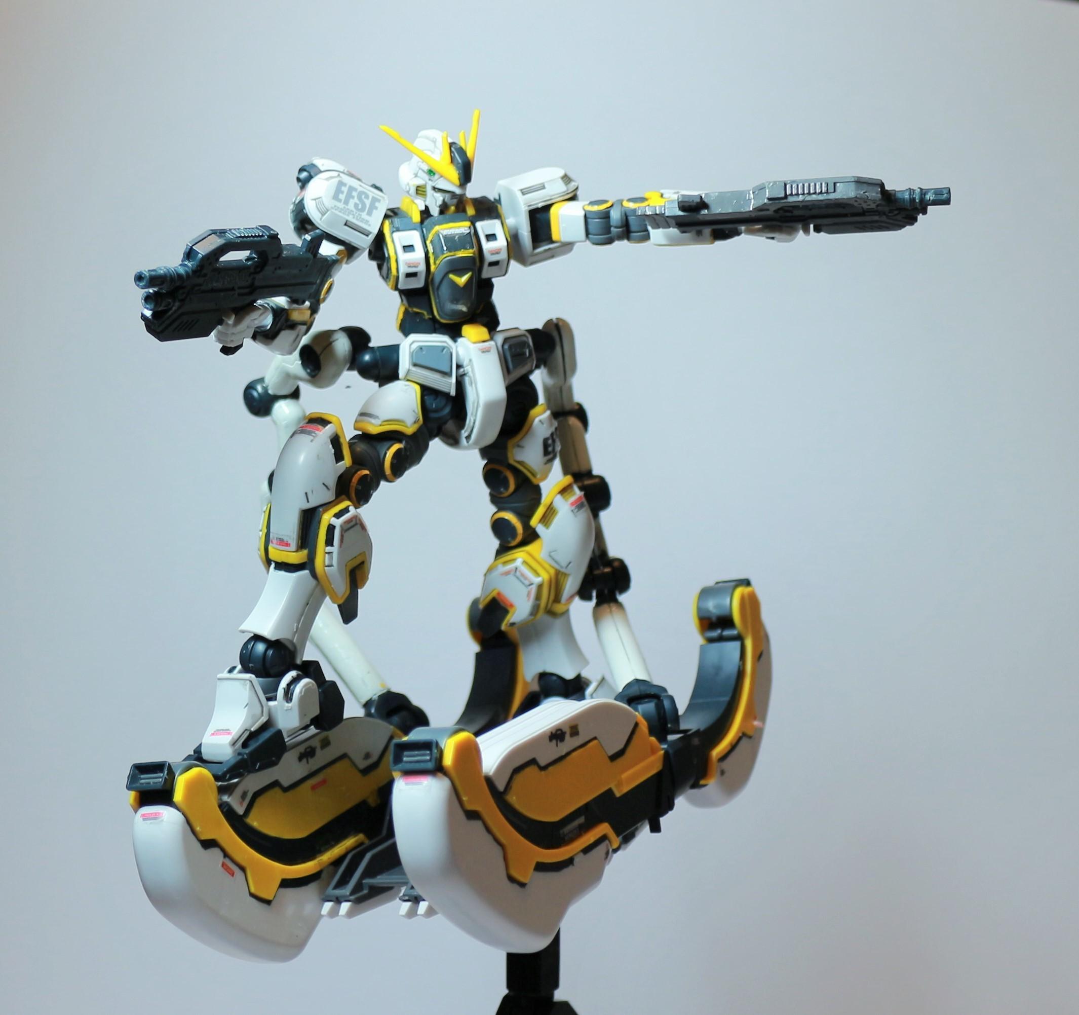 HG-ATLAS_GUNDAM-25.jpg