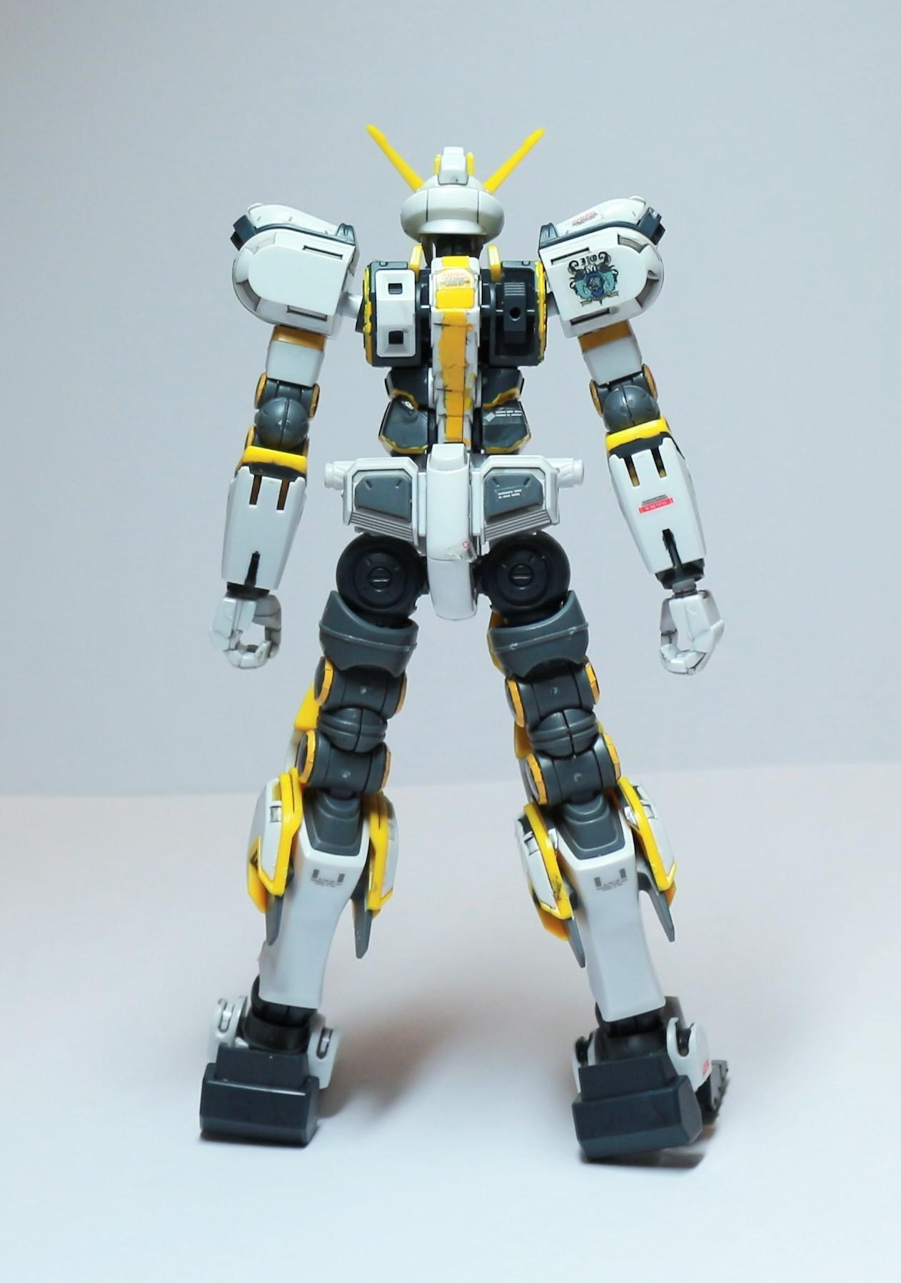 HG-ATLAS_GUNDAM-5.jpg