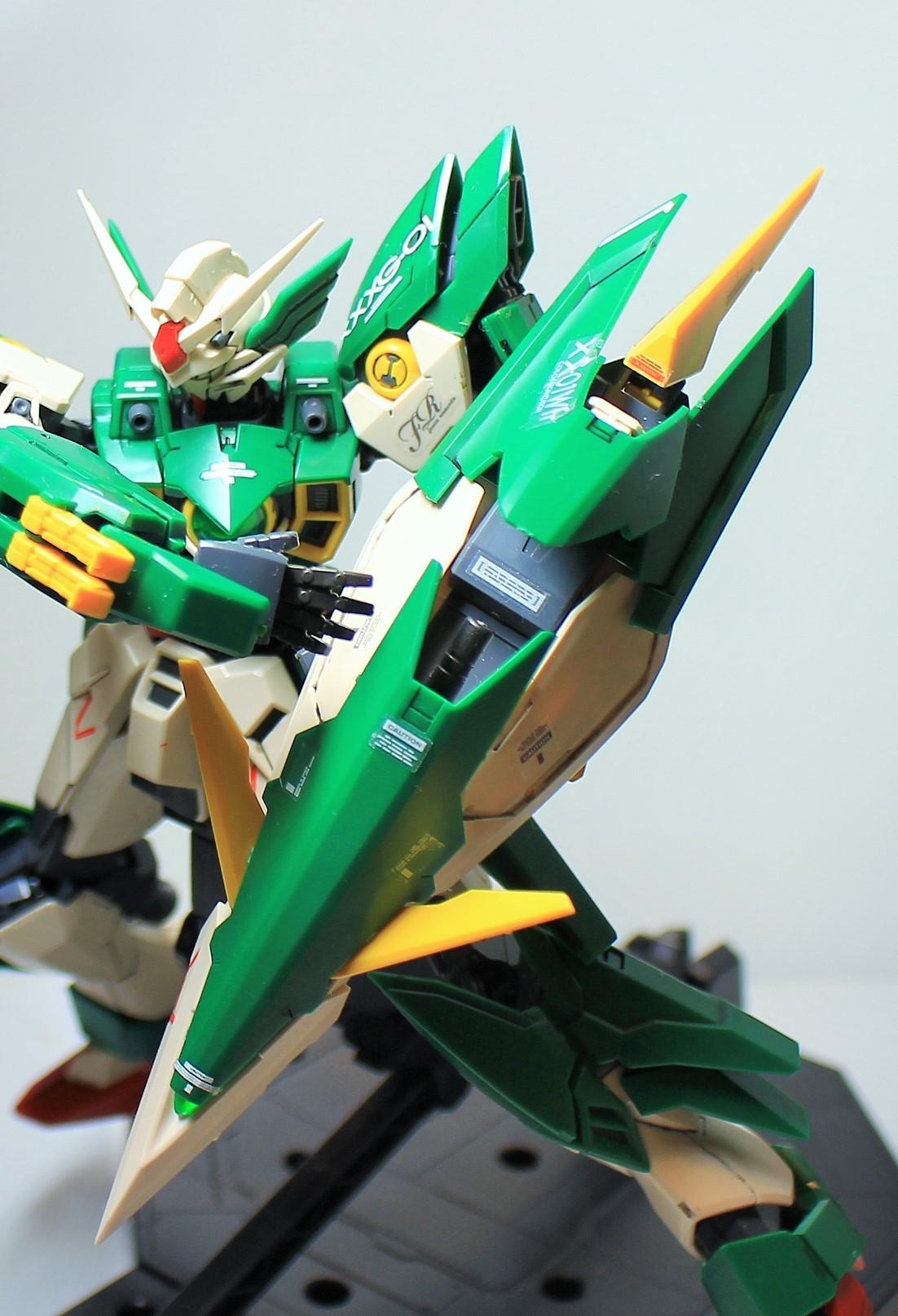 MG-Gundam_Feniche_Rinascita-13.jpg