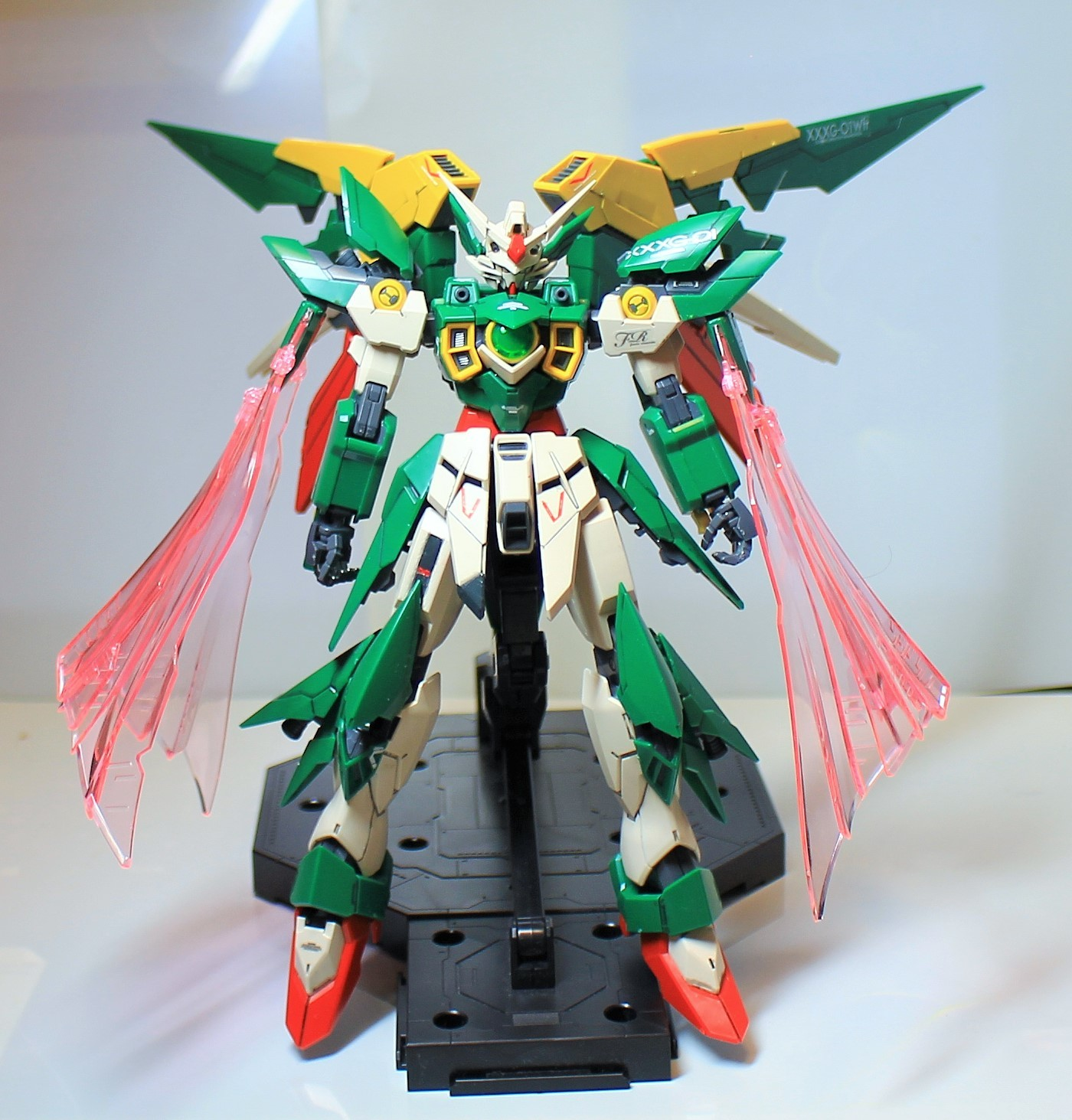 MG-Gundam_Feniche_Rinascita-20.jpg