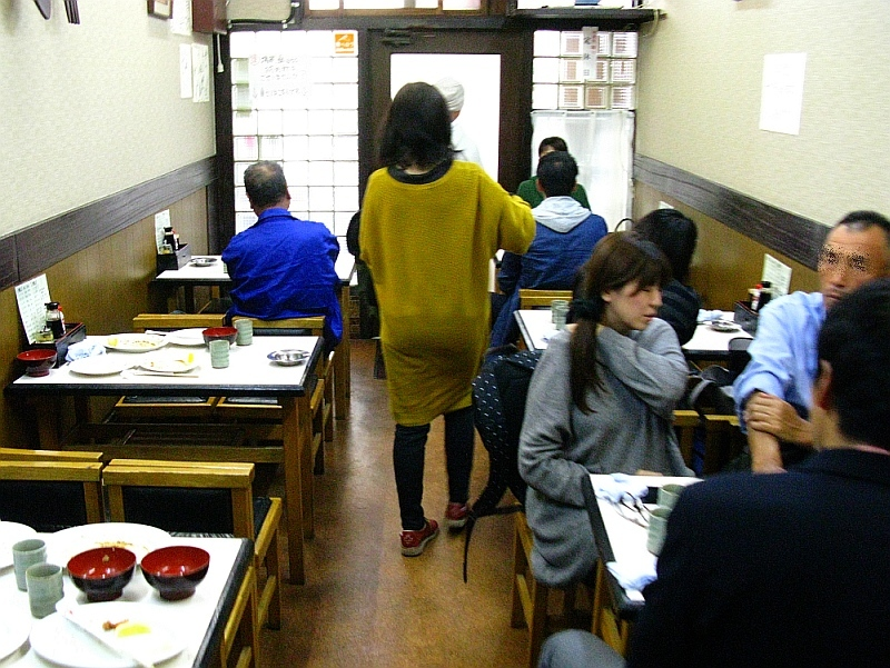 2016_11_13円頓寺秋のパリ祭:食堂はね海老- (19)