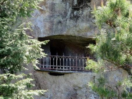 岩窟ホテル6