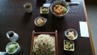 かき揚げ蕎麦(上) と 大ざる (下)