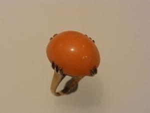 珊瑚のリングをリフォームBefore1