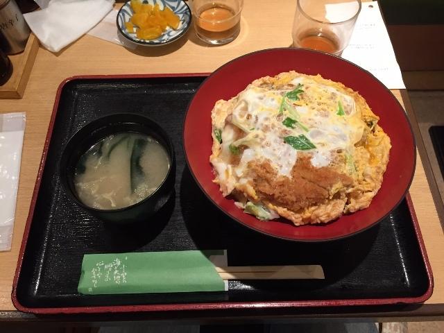 笹陣のカツ丼