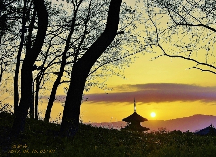 法起寺の夜明け