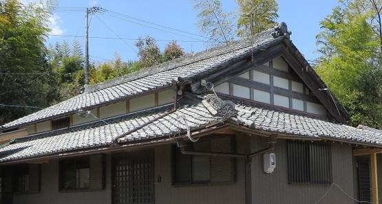 屋根瓦・1