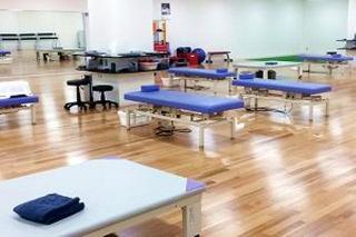 170517 整形外科クリニック・リハビリ室 rii-300x200_640x426