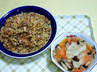 170609_4713 舞茸入り炒飯・スープ餃子VGA