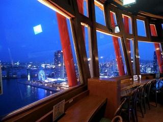 170609「神戸ポートタワー・スカイラウンジ回転喫茶室」の夜景Resize_P16702301_VGA