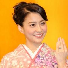 170623 乳癌で闘病中だった小林麻央さん逝去 1623_kobayashi_mao_640x640