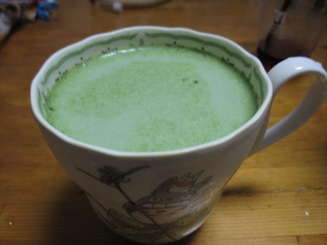 牛乳に青汁-2