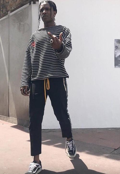 エイサップ・ロッキー(A$AP Rocky):グッチ(Gucci)/ゴーシャ・ラブチンスキー (Gosha Rubchinskiy)/バンズ(Vans)