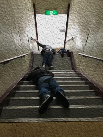 015階段落ち