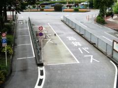 五反田駅東口待機スペース