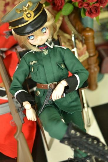 ターニャ・デグレチャフ少佐っぽいドール野戦服ver01-3