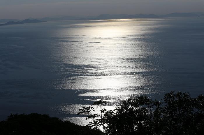 七宝山から西方面 伊吹島かな 29.5.27