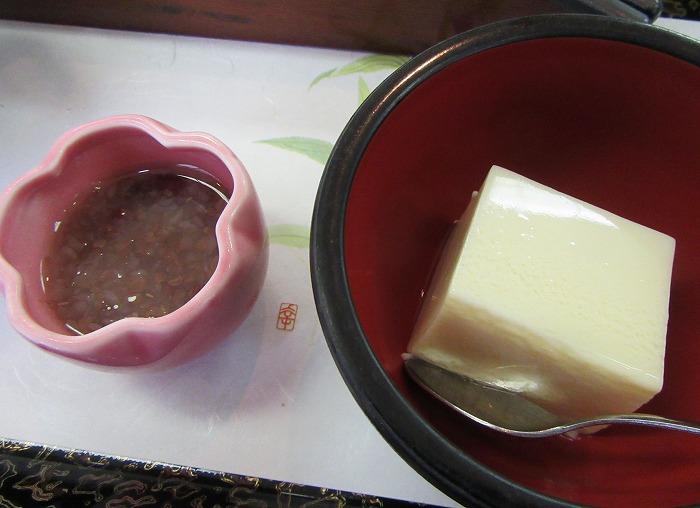 豆乳プリンと蕎麦の実と小豆のデザート29.6.3