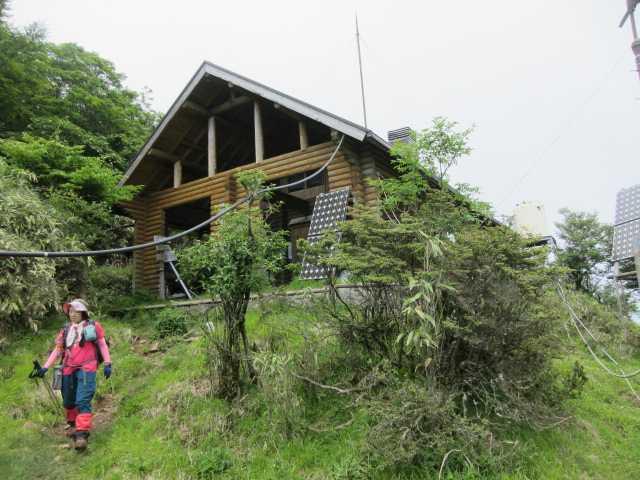 IMG1236JPG9合目小屋