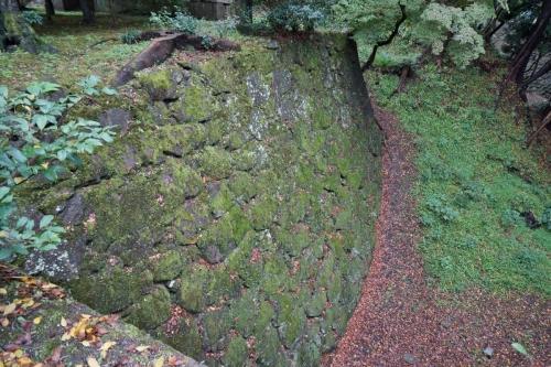 8石垣 (1200x800)