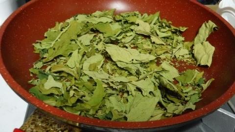 2017.5.1柿の葉茶2