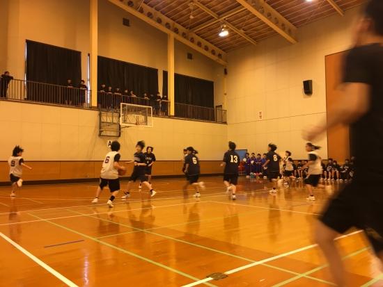 中バス練習試合 015